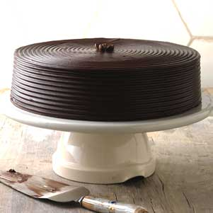 Bakeshop cakes : Devil's food chocolate cake
